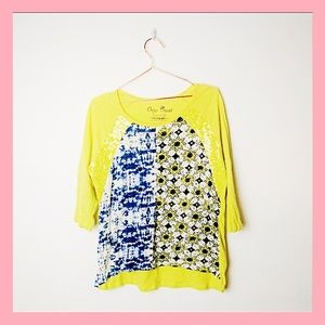 Onque Casuals Sequined Yellow Print Tee SZ Large